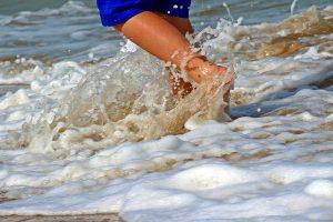 Gambe pesanti? Cinque strategie vincenti per affrontare il caldo