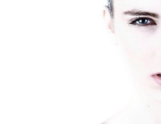 """Ceramidi:il""""cemento"""" naturale della pelle"""
