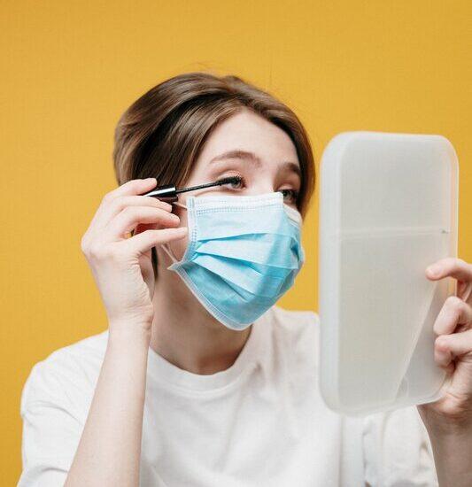 proteggere la pelle dalla mascherina